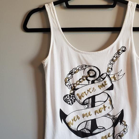 H&M Tops - 💥4/$20💥 H&M Graphic Tank